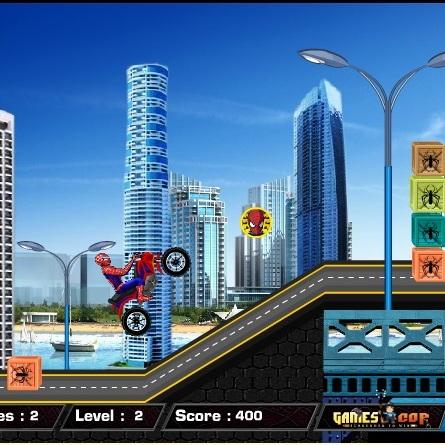 Человек-паук городской гонщик