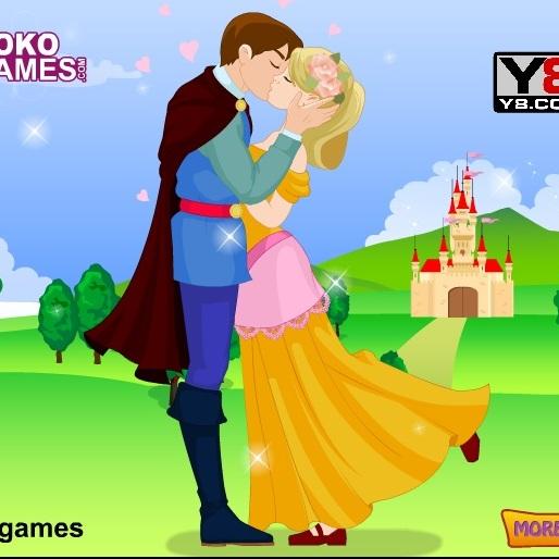 Золушка и принц целуются